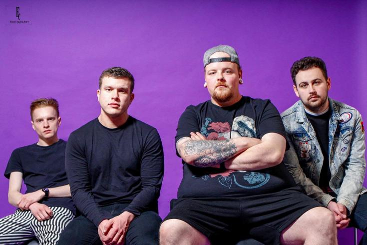 PREMIERE: Insomniacs share lyric video for 'Expectations'