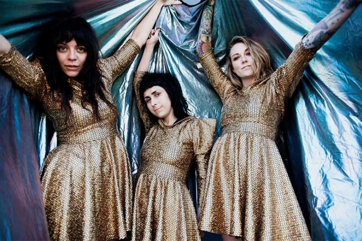 The Coathangers share new video for 'Step Back'