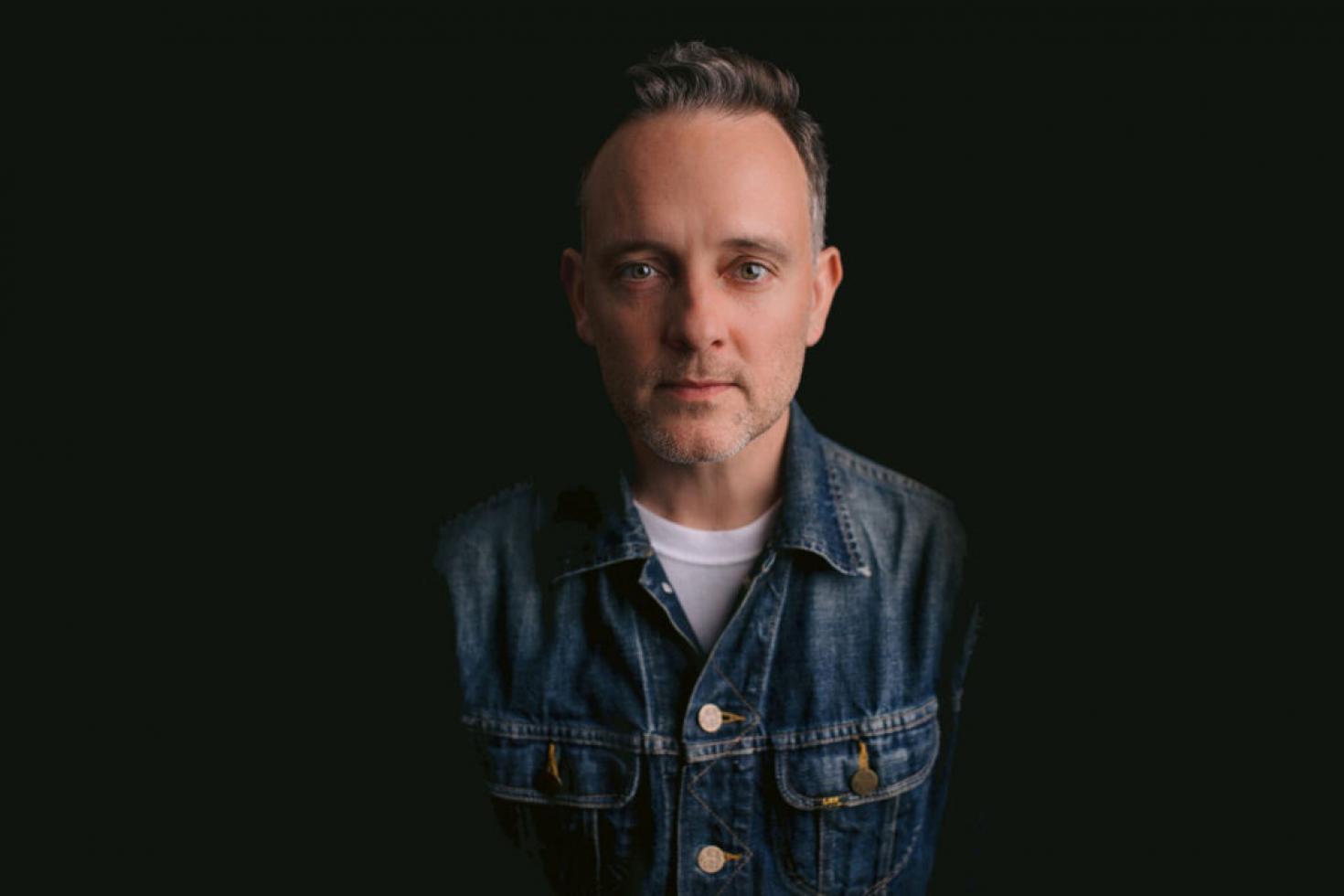 Dave Hause releases new single 'Fireflies'