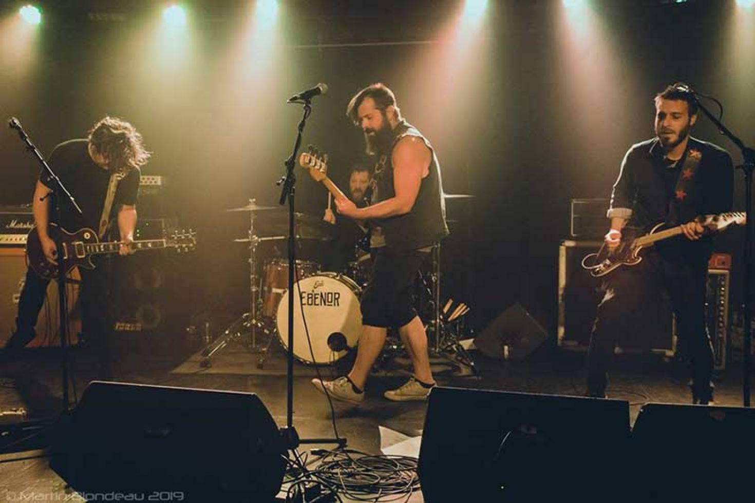 Oakhearts share live videos for 'Tears and Disasters' and 'Still Worthy'