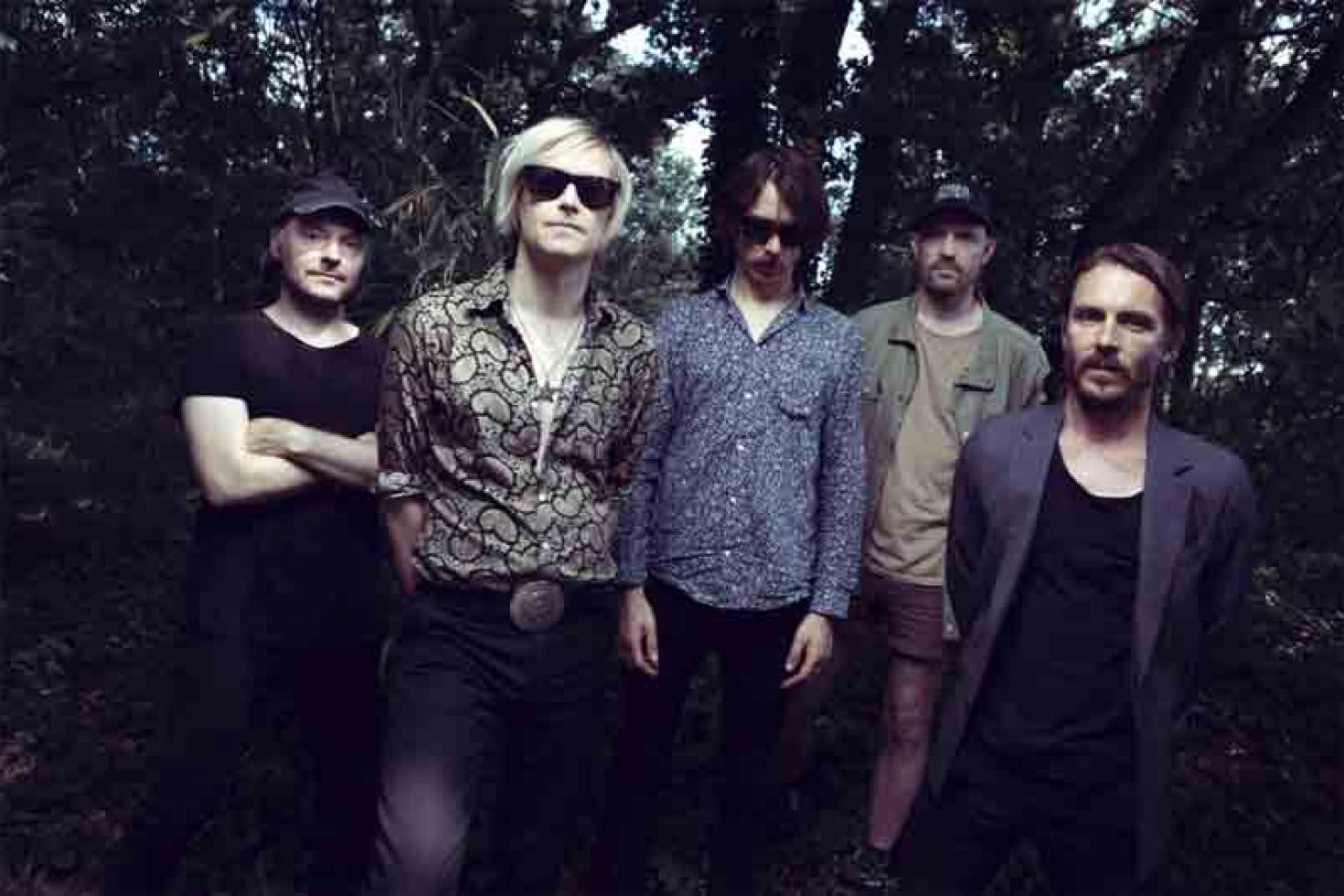 Refused get 'Blood Red' on new single