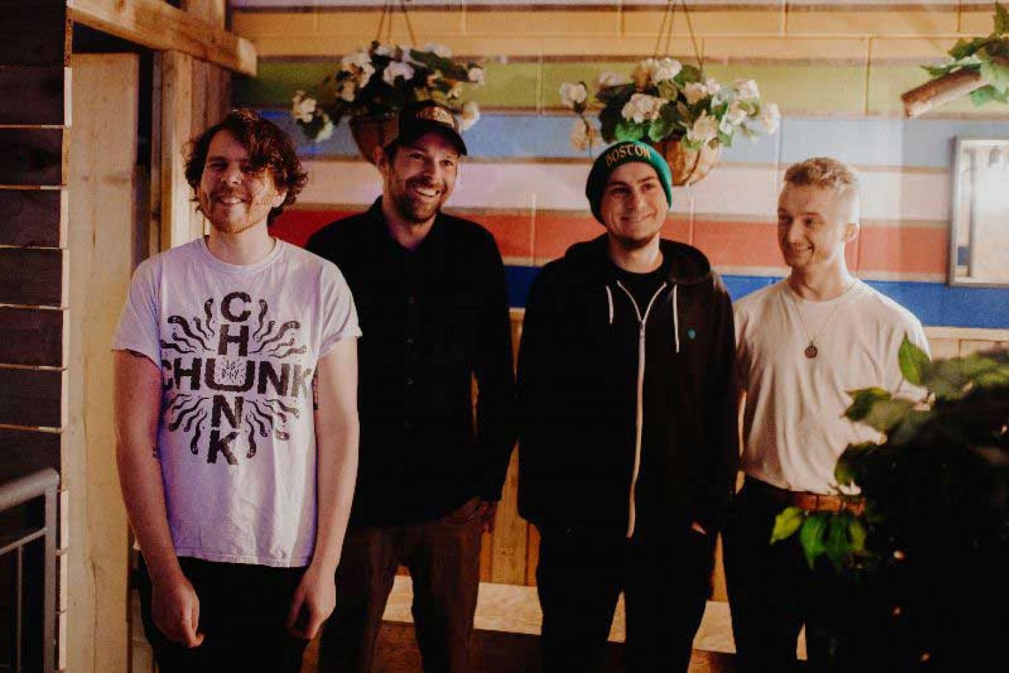 Leeds punks Sunliner announce new Frank Turner produced single