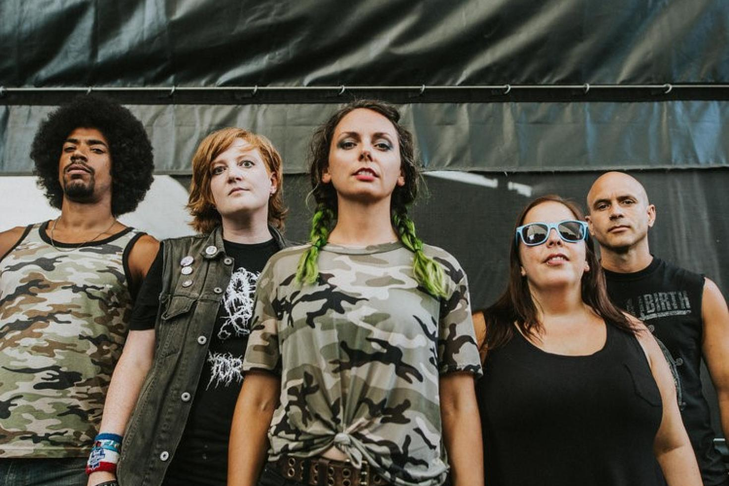 lone rock milf women 100% free lone rock milfs & meet milfs signup free & meet 1000s of sexy lone rock, iowa singles on bookofmatchescom.