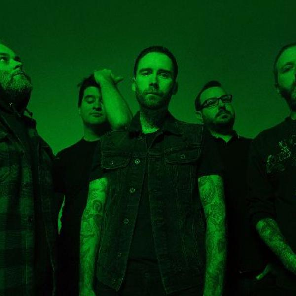 Alexisonfire share new single 'Familiar Drugs'