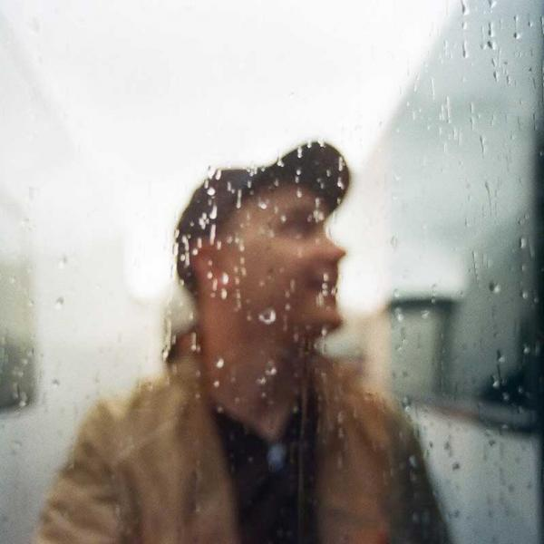 Chris Cresswell shares intimate new single 'Feel'