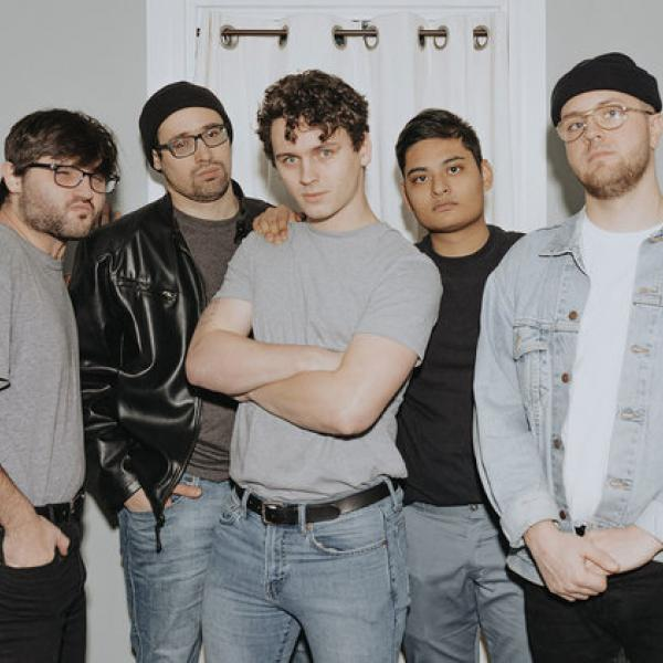 Hot Mulligan share video for single '*Equip Sunglasses*'