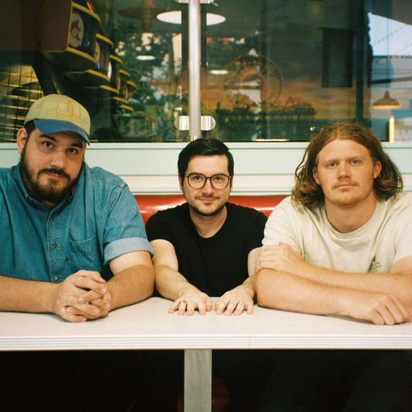 PREMIERE: Housewarming Party share video for single 'Baby Teeth'