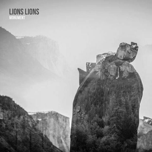 Lions Lions - Monument