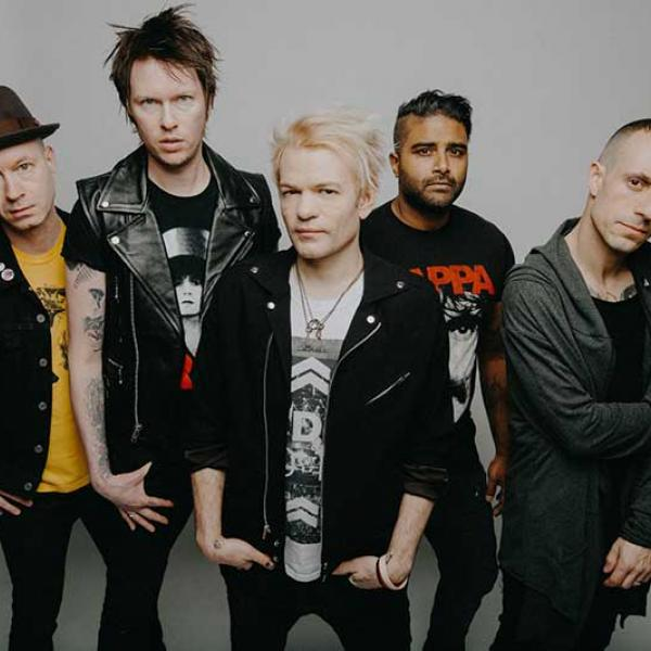 Sum 41 release new single and music video 'A Death In The Family'